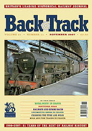 BackTrack_Cover_November_2007190